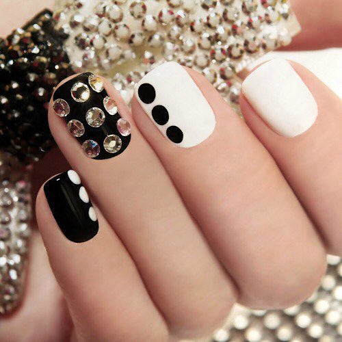 LUXE NAILS